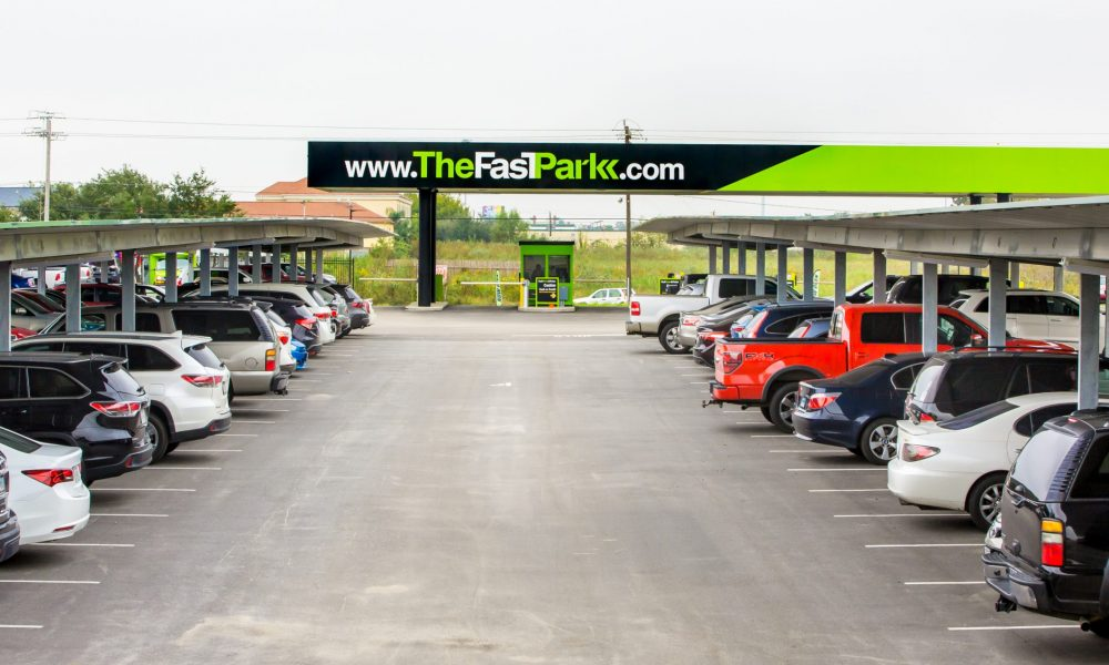 Check Out Fast Park Relax In William P Hobby Airport Voyage
