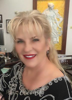 Meet Michelle Puckett Of Designer Diva Resale In Westchase District Voyage Houston Magazine Houston City Guide